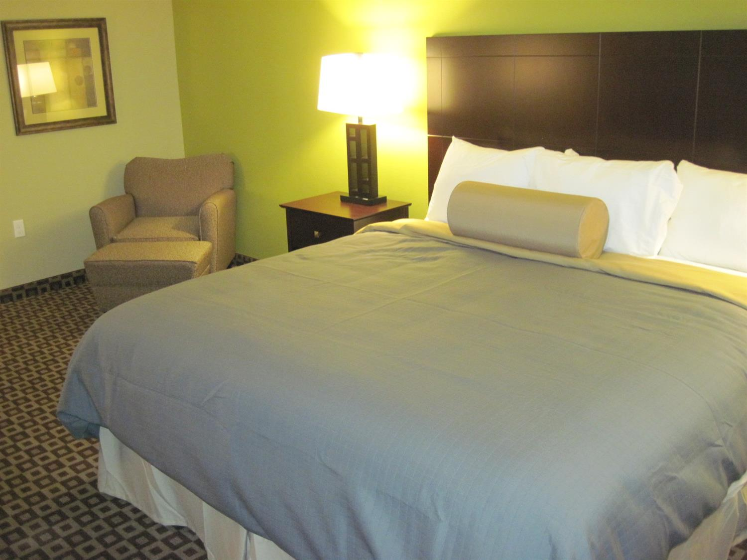 Room - Best Western Plus Chalmette Hotel