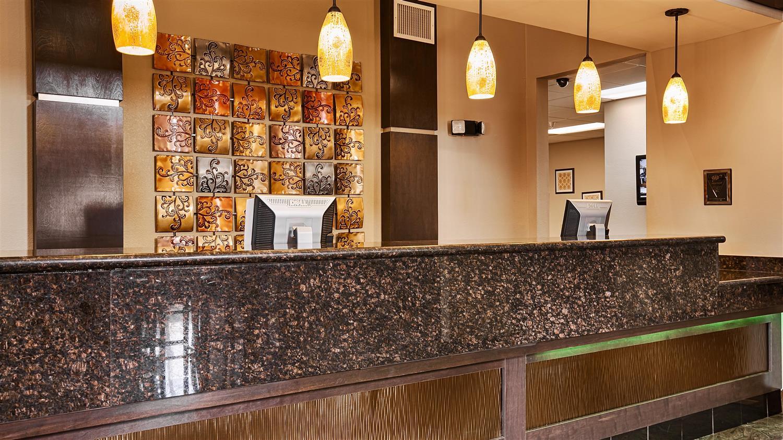 Lobby - Best Western Bayou Inn Lake Charles