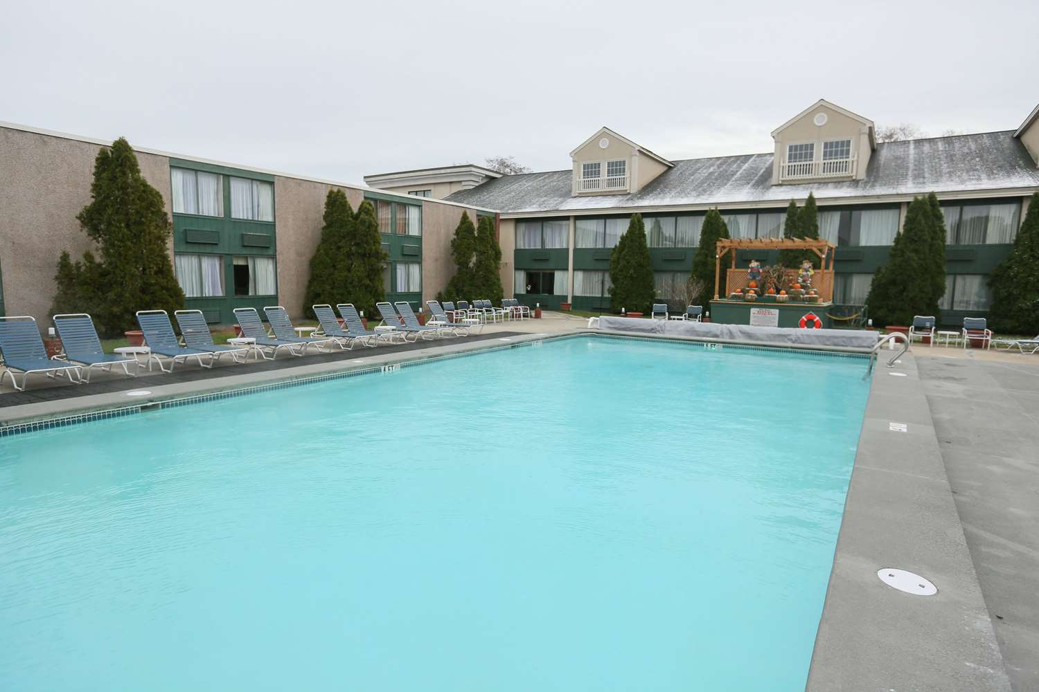 Pool - Best Western Merry Manor Inn South Portland
