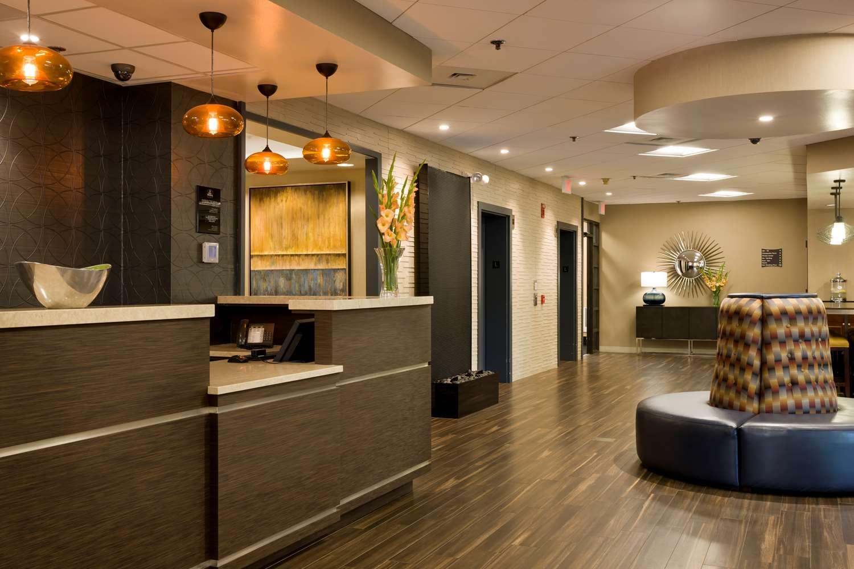 Lobby - Best Western Plus Hotel Elkridge