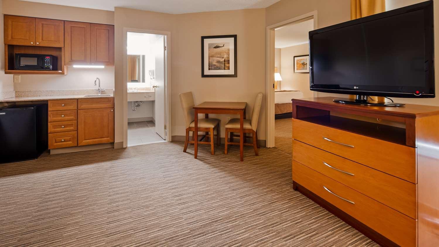 Suite - Best Western La Plata Inn
