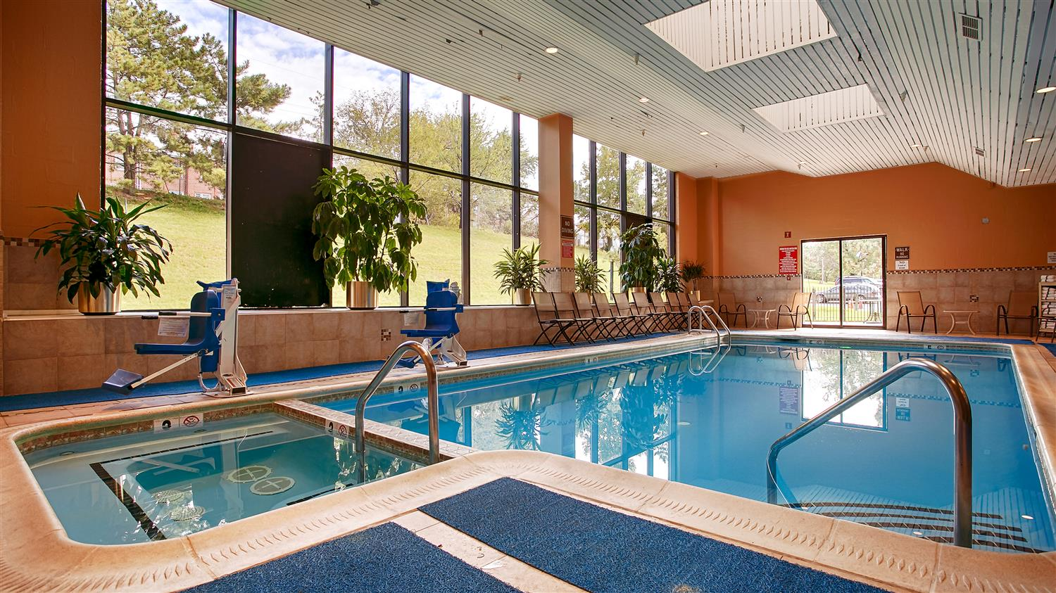 Pool - Best Western Plus Hotel & Conference Center