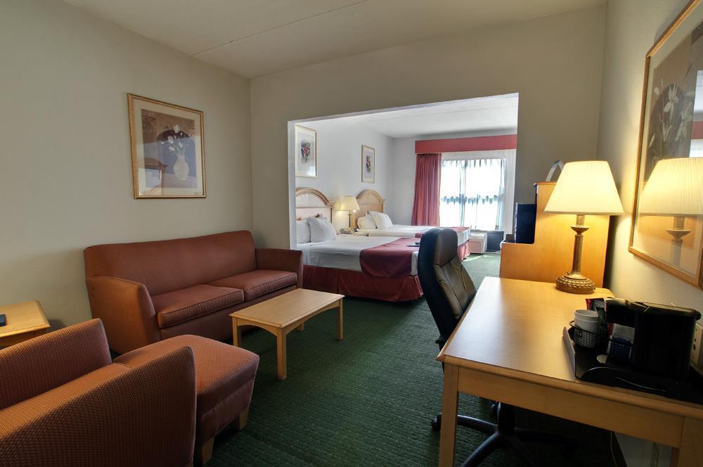 Room - Best Western North East Inn