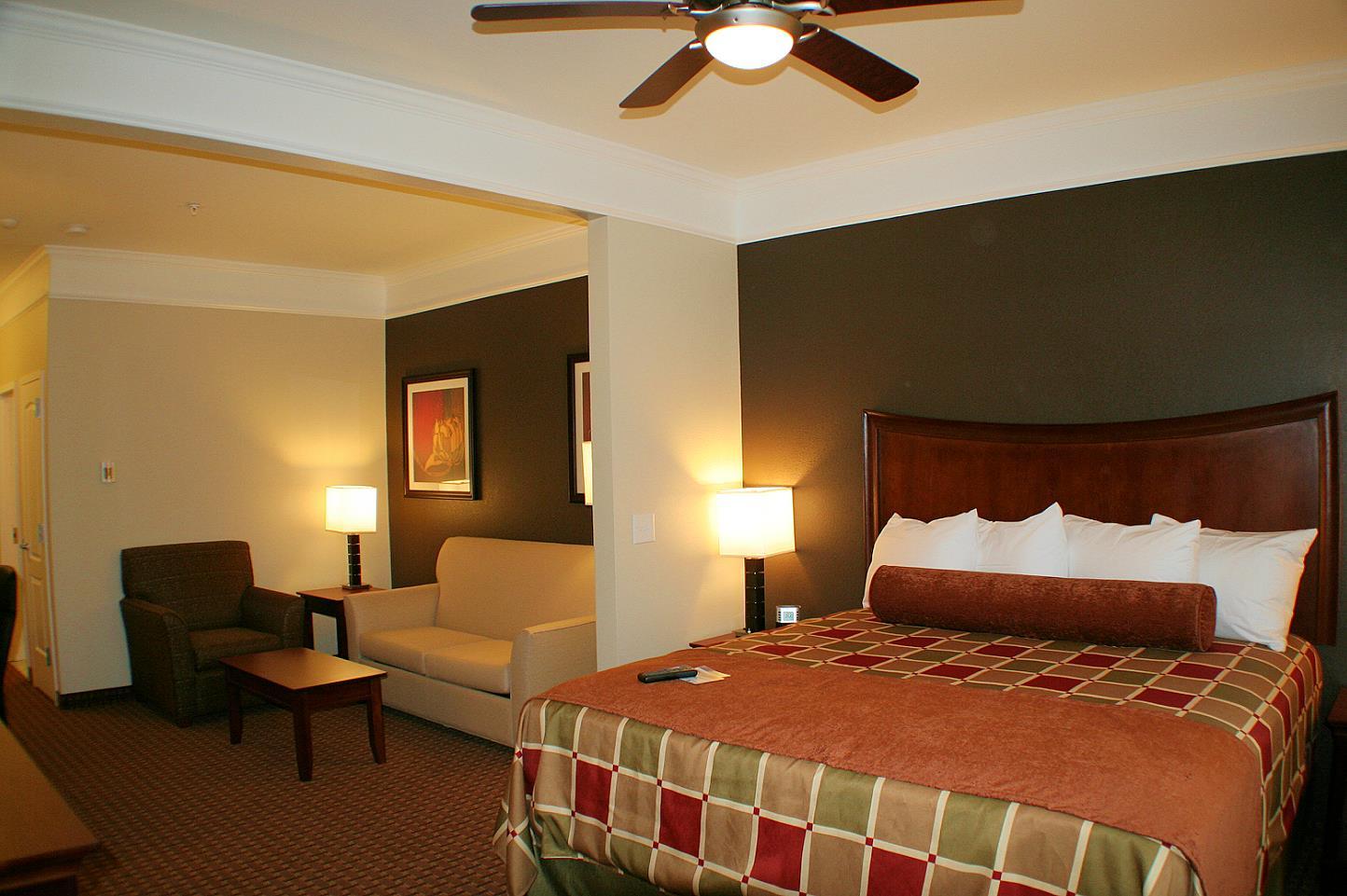 Suite - Best Western Plus Easton Inn & Suites