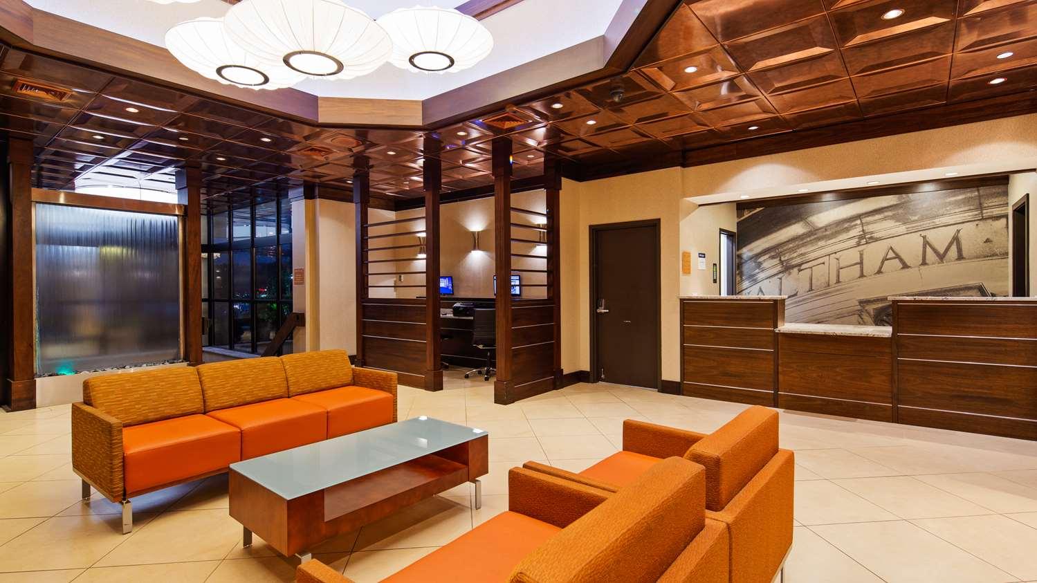 Lobby - Best Western Plus Waltham Boston Hotel