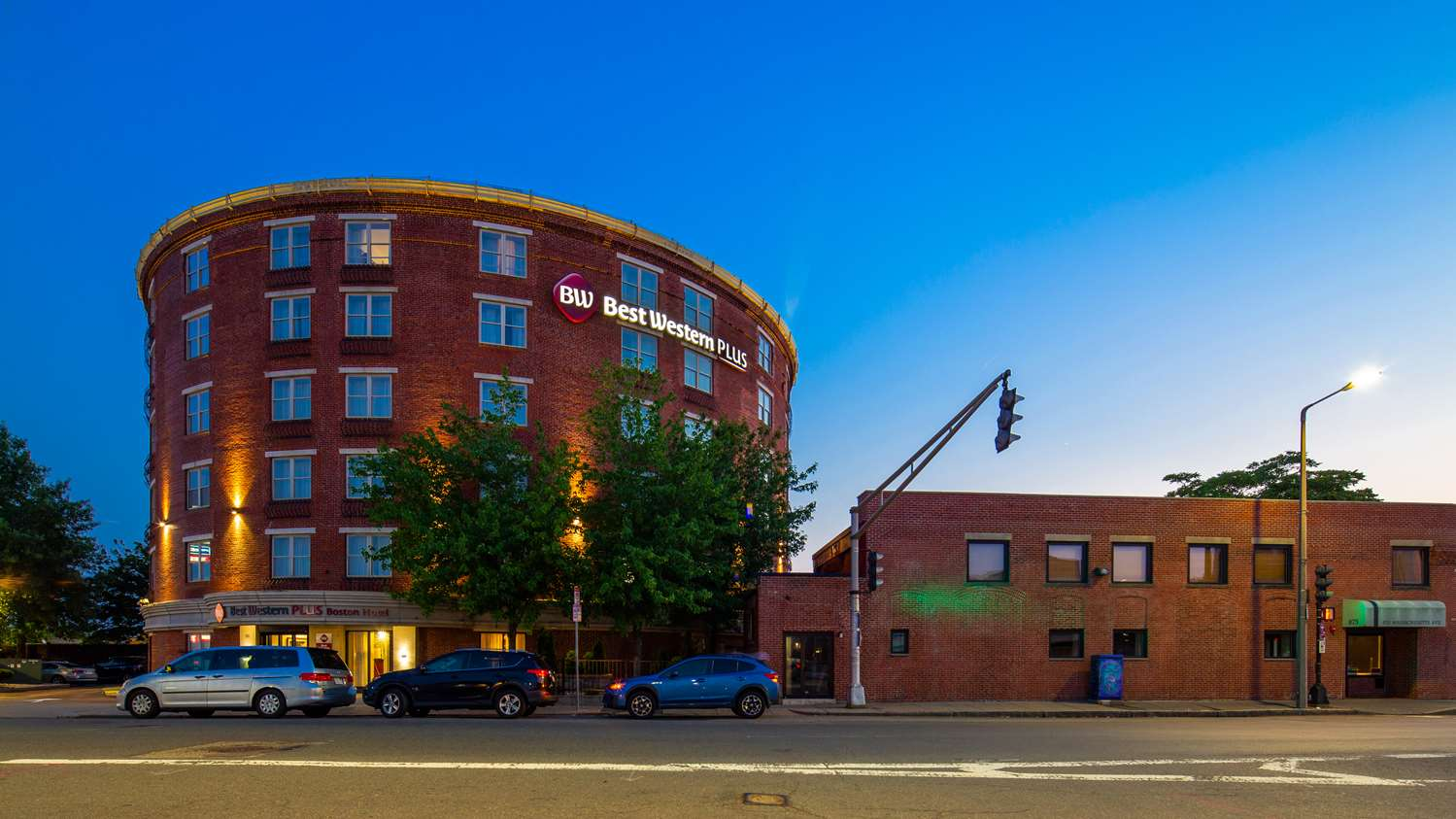 Exterior view - Best Western Plus Roundhouse Suites Boston