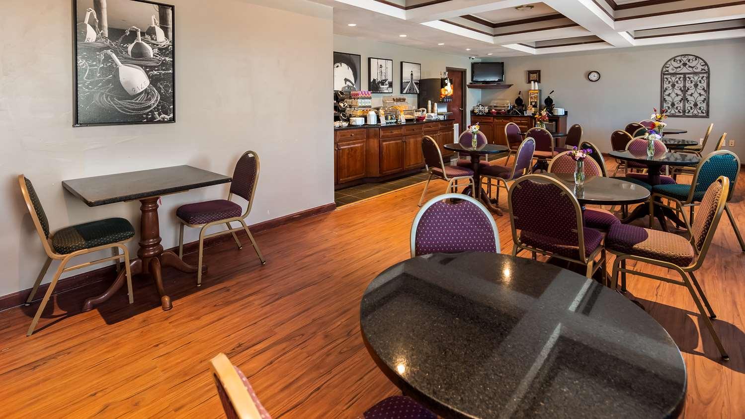 Restaurant - Best Western Dartmouth Inn