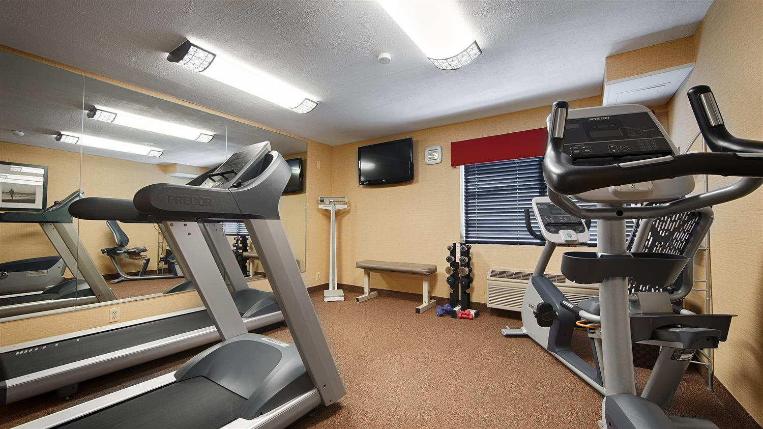 Fitness/ Exercise Room - Best Western Hotel Rockland