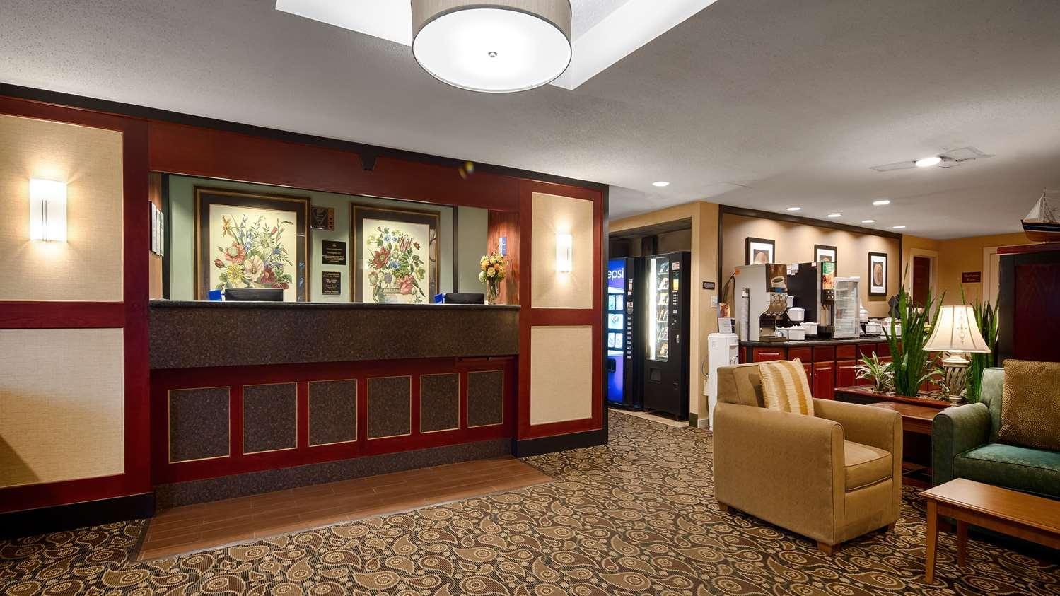 Lobby - Best Western Hotel Rockland