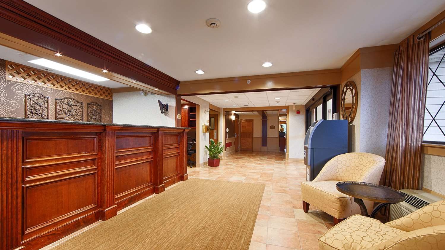 Lobby - Best Western Plus Sharon Inn