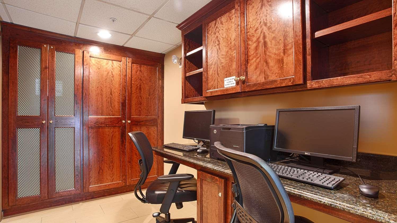 Conference Area - Best Western Plus Sharon Inn