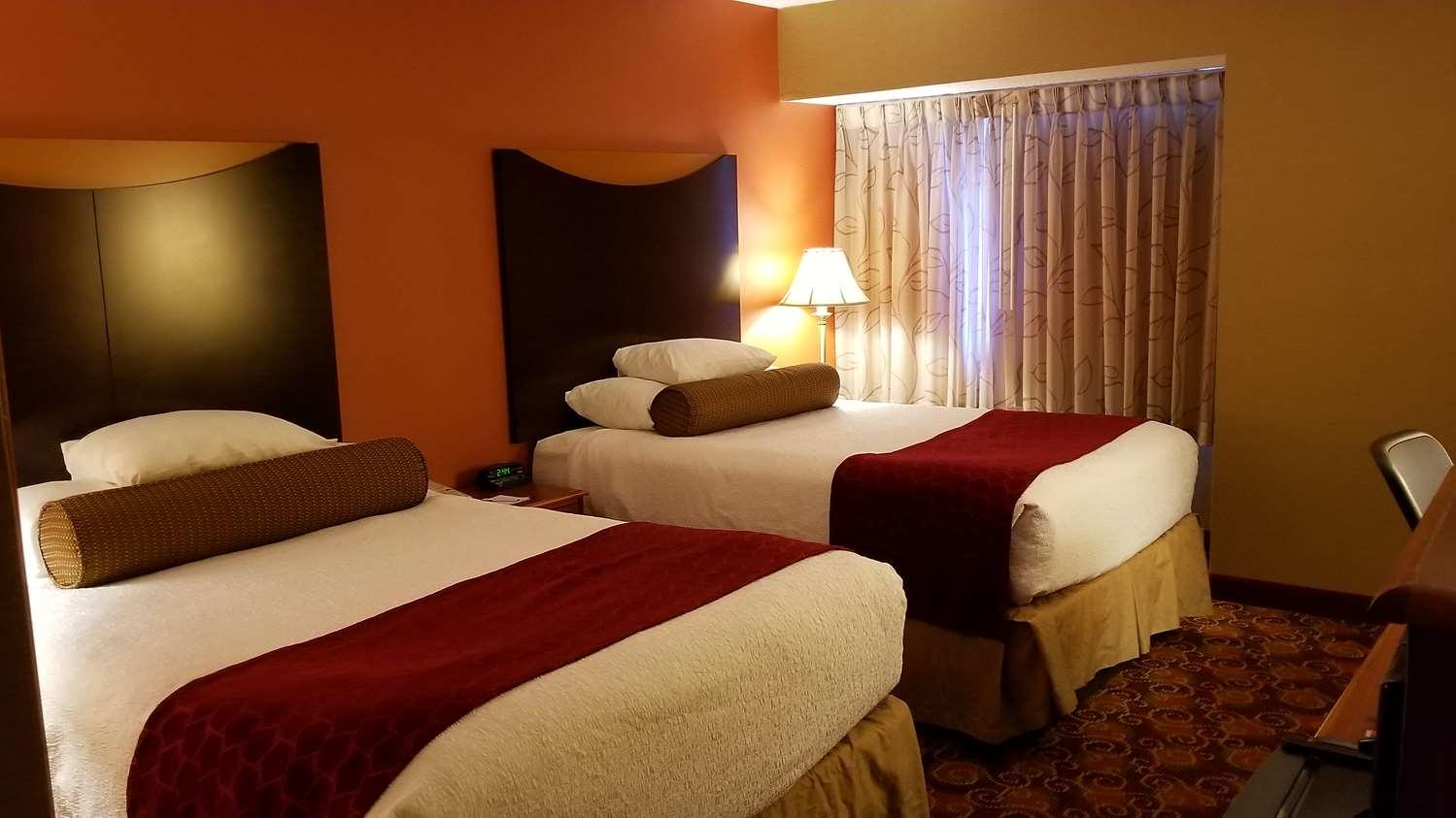 Room - Best Western Plus Sharon Inn