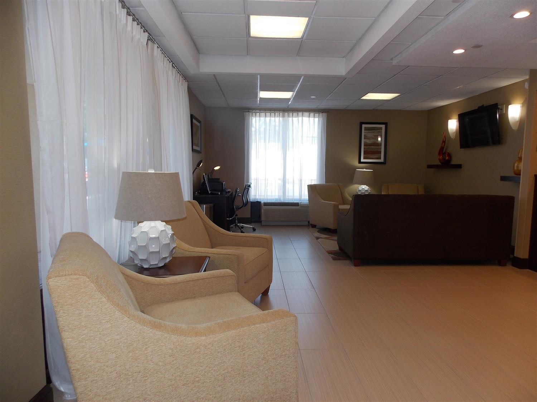 Lobby - Best Western Springfield West Inn