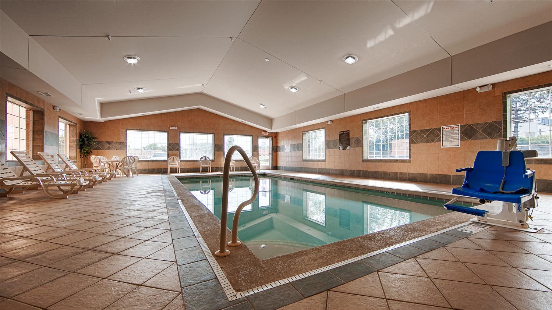 Pool - Best Western Executive Inn Suites Grand Rapids