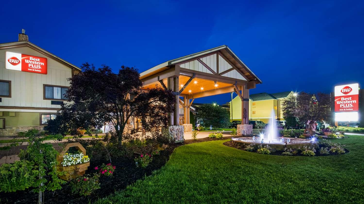 Exterior view - Best Western Plus Holland Inn & Suites