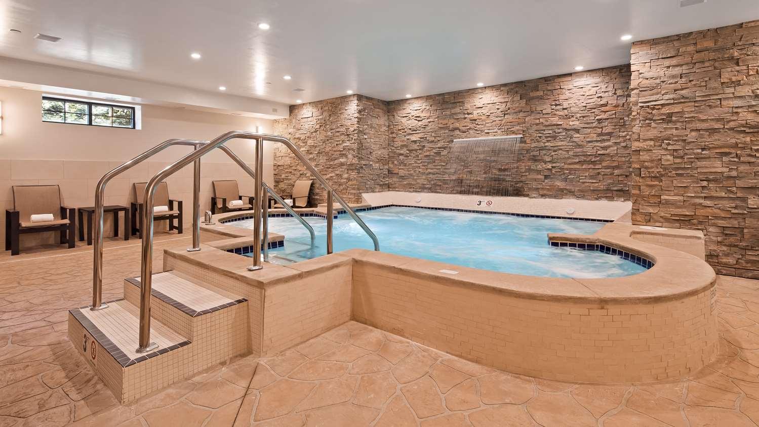 Pool - Best Western Plus Superior Inn & Suites