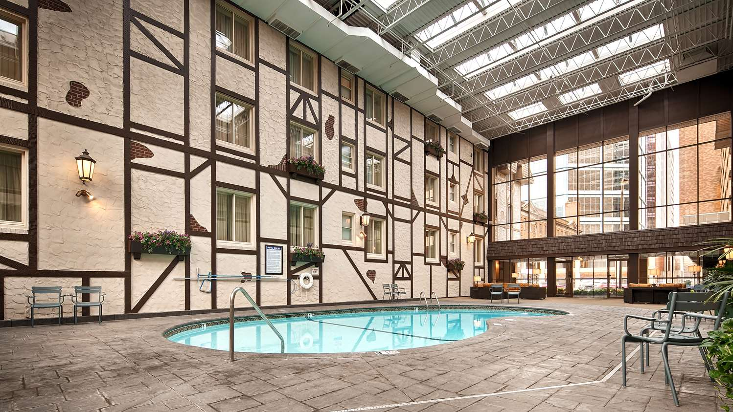 Pool - Best Western Plus Normandy Inn & Suites Minneapolis