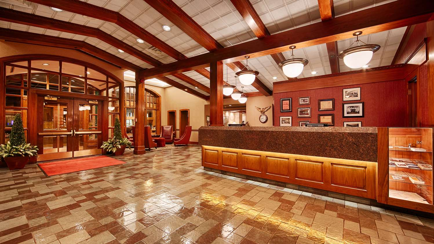 Lobby - Best Western Plus Normandy Inn & Suites Minneapolis