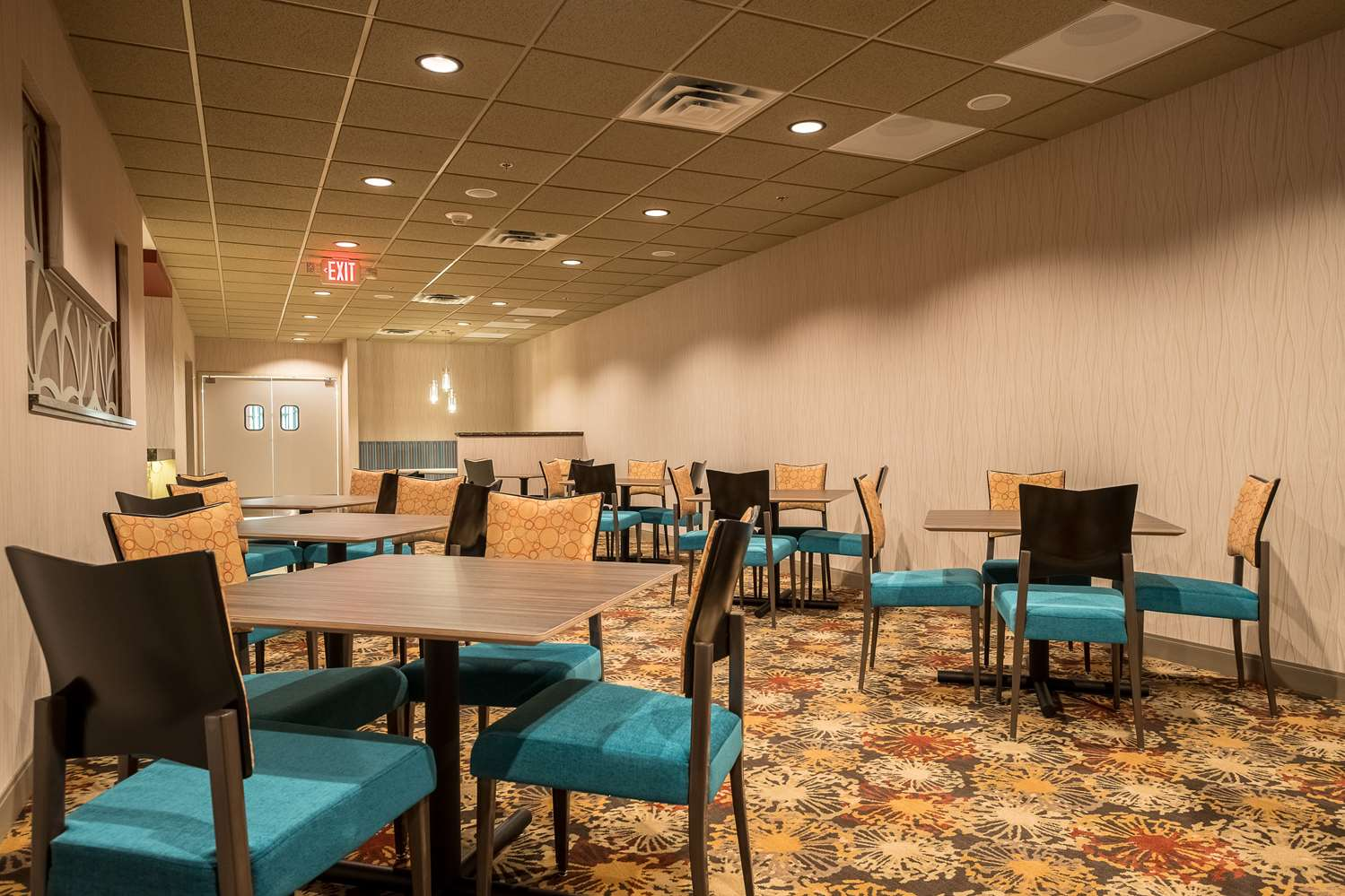 Restaurant - Best Western Plus Capitol Ridge Hotel St Paul