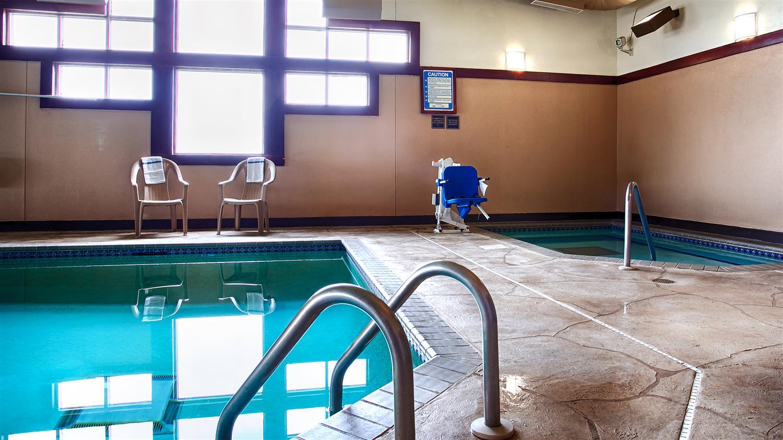 Pool - Best Western Bemidji Inn