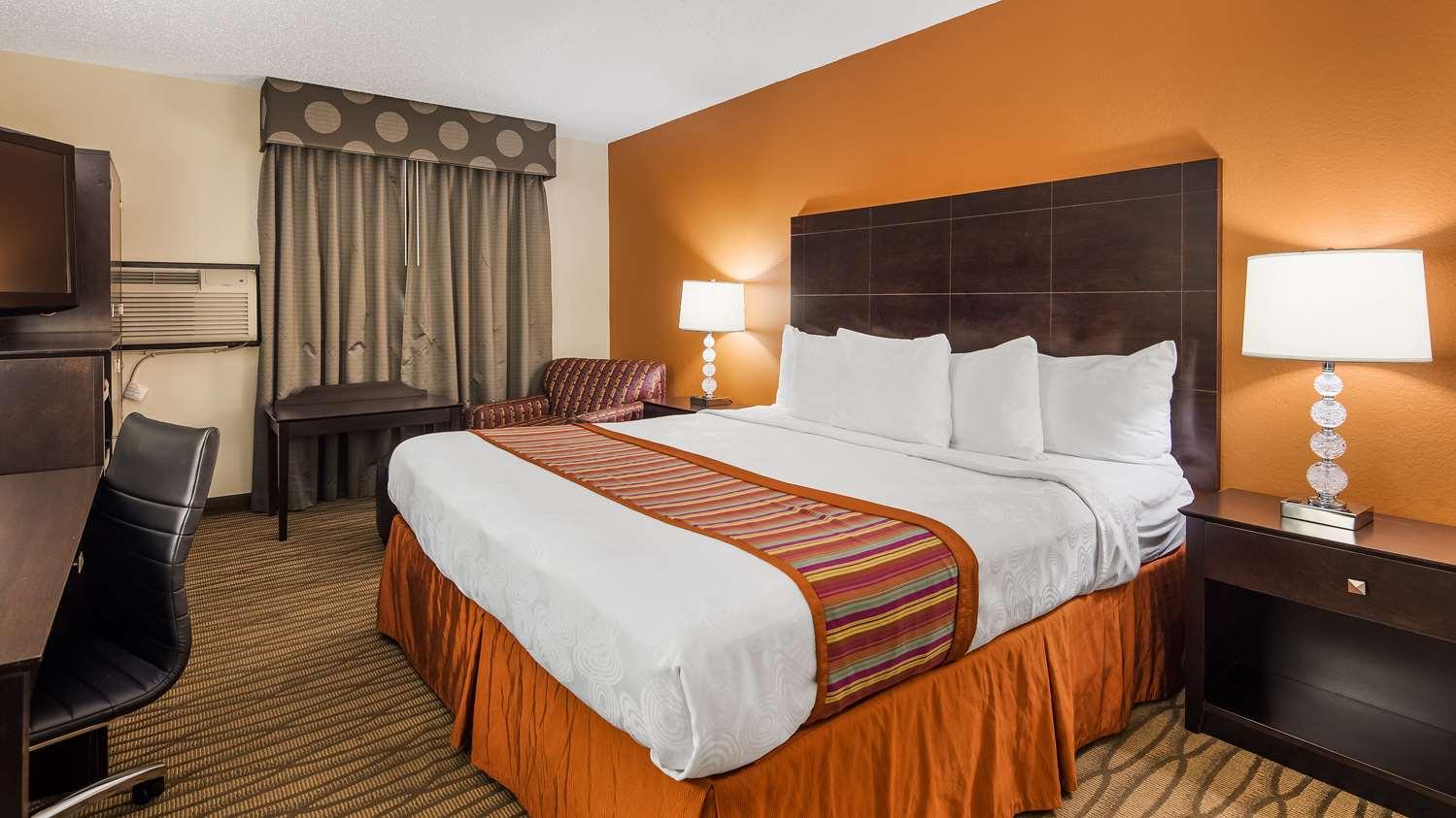 Room - Best Western Eden Prairie Inn