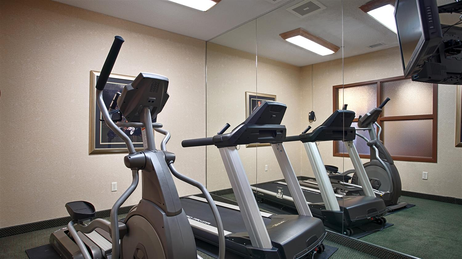 Fitness/ Exercise Room - Best Western Chelsea Inn & Suites Monticello