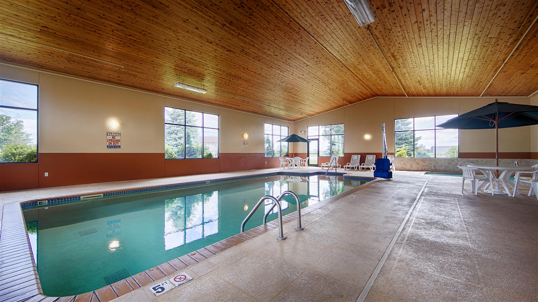 Pool - Best Western Chelsea Inn & Suites Monticello