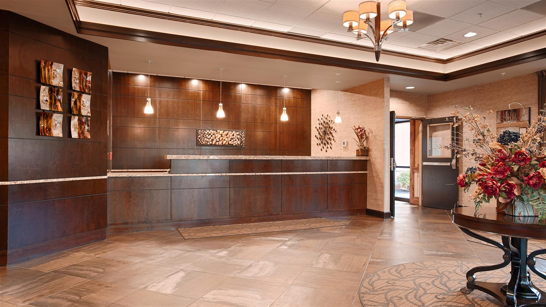 Lobby - Best Western Plus Bloomington Inn