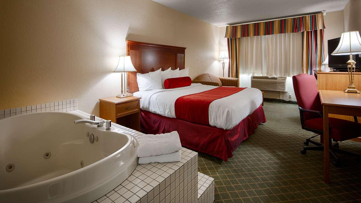 Suite - Best Western Shakopee Inn