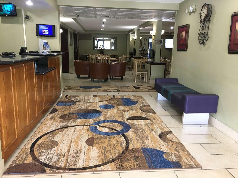 Lobby - Best Western Shakopee Inn