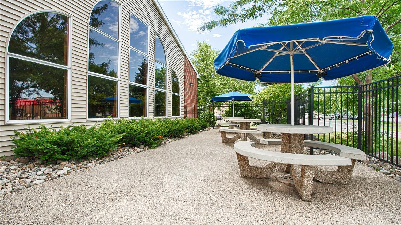 Exterior view - Best Western Alexandria Inn
