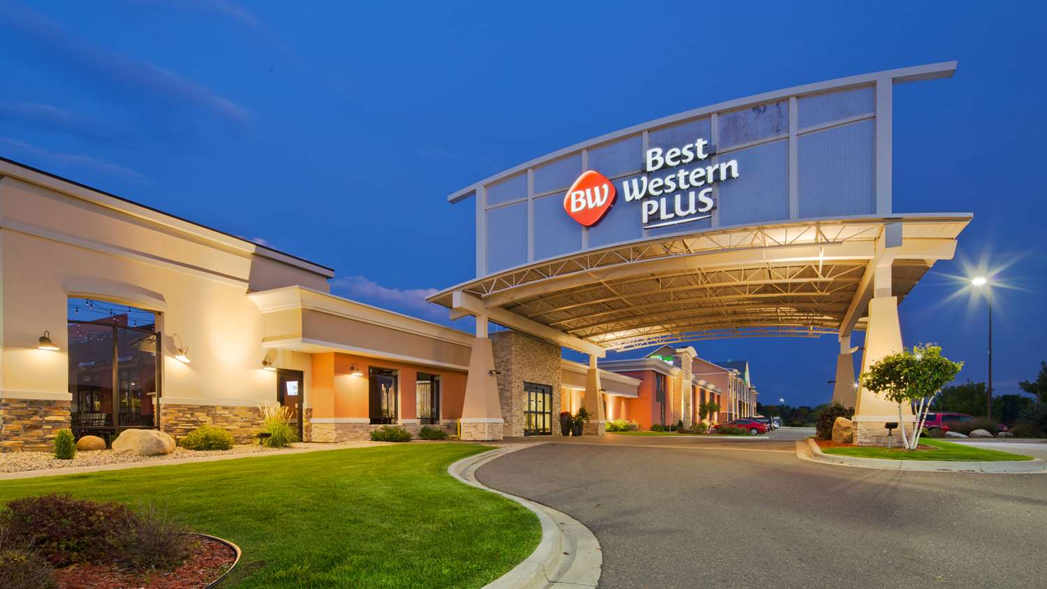 Exterior view - Best Western Plus Hotel Willmar