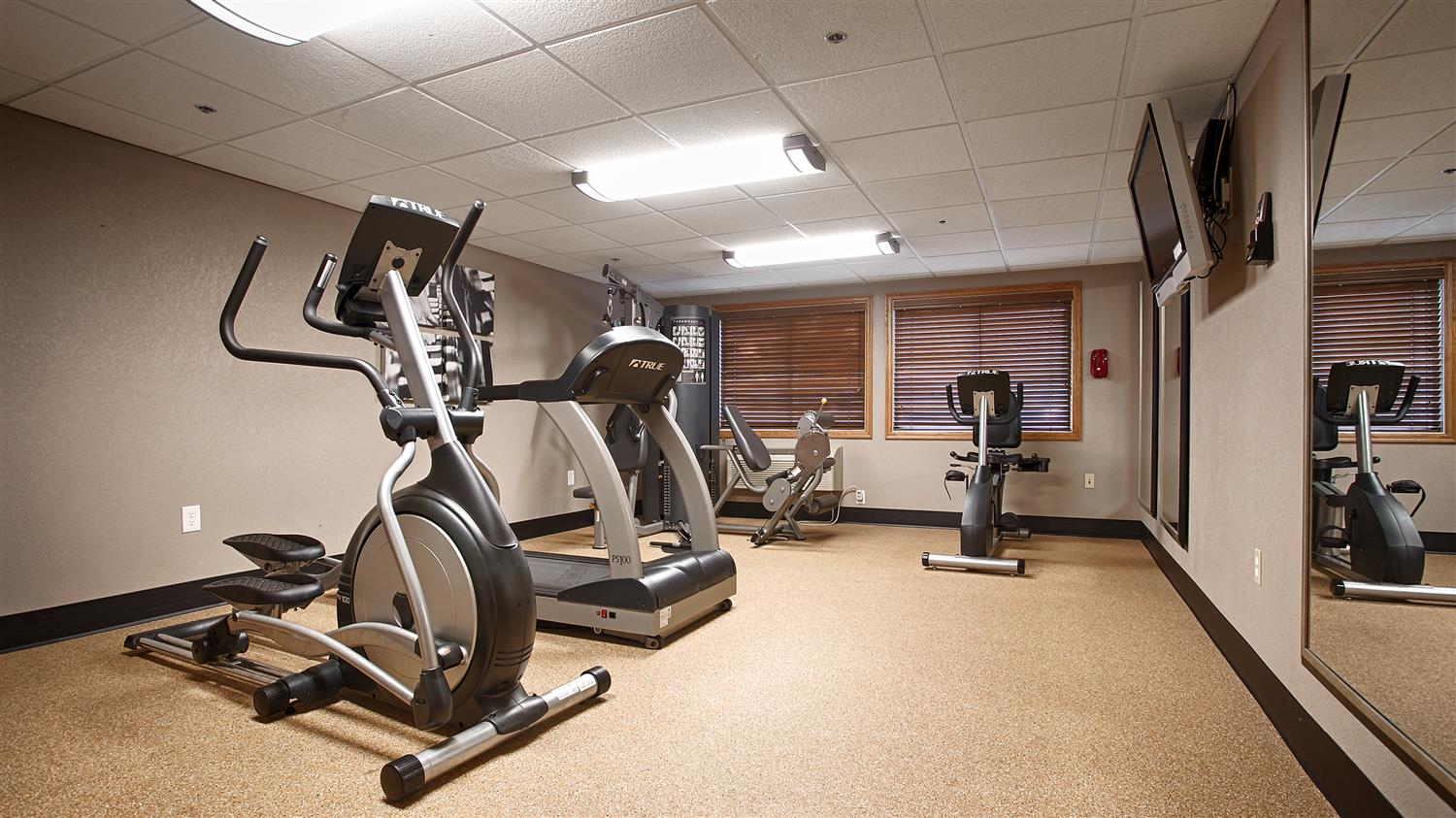 Fitness/ Exercise Room - Best Western Plus Minneapolis Hotel Brooklyn Center