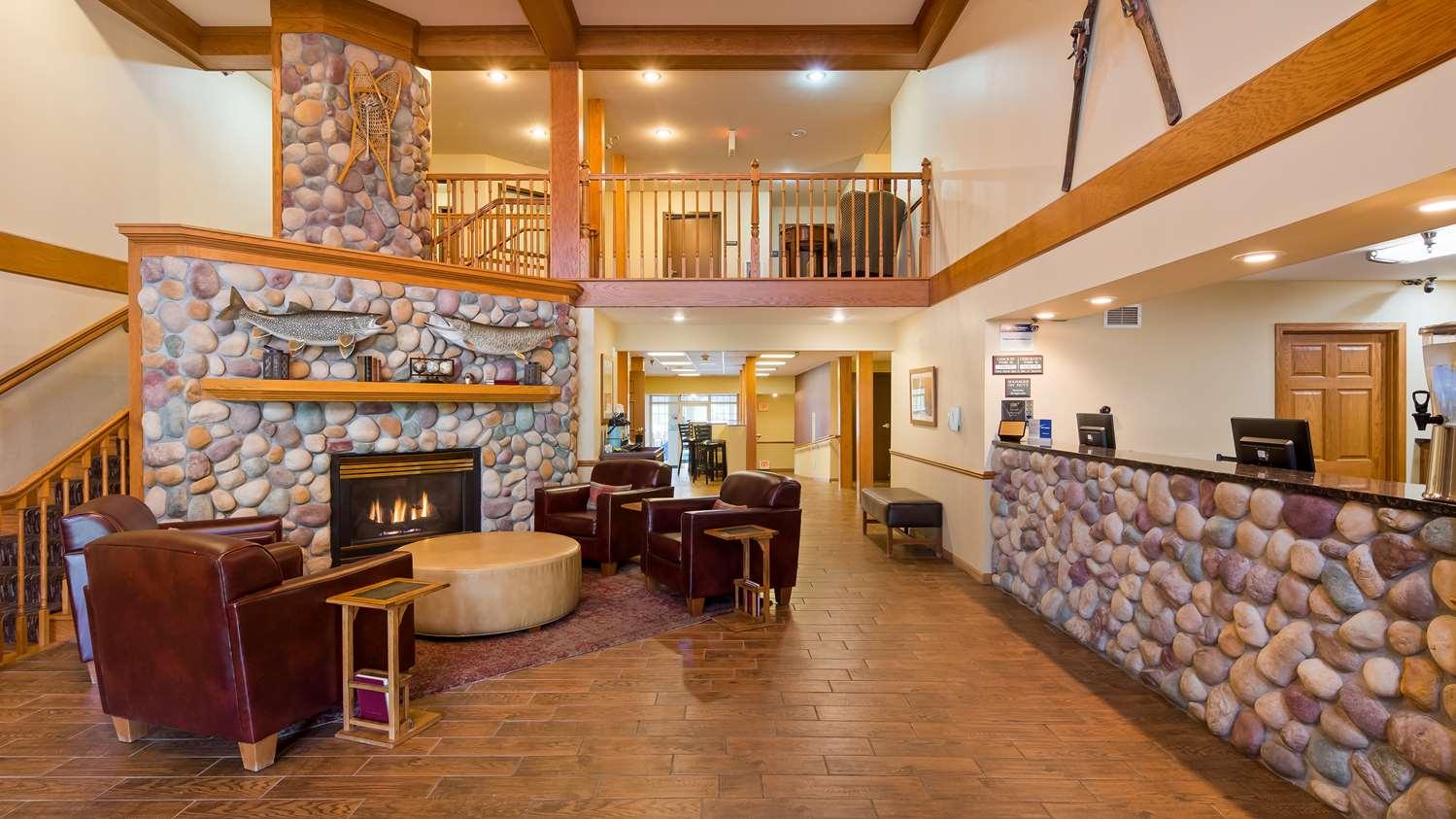 Lobby - Best Western Plus Spirit Mountain Proctor