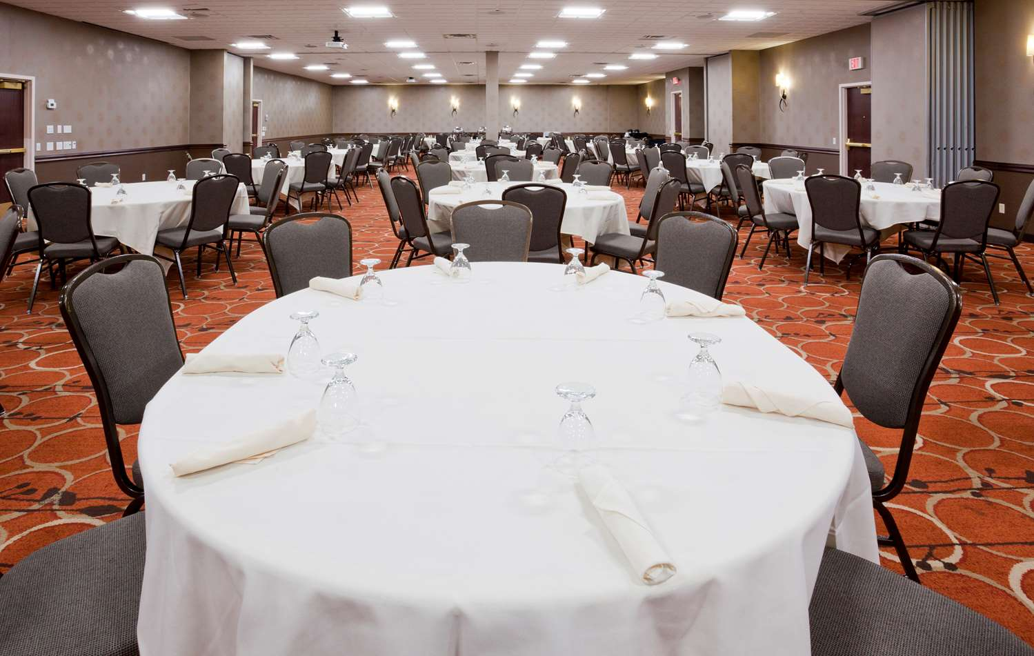 Ballroom - Best Western Plus Hotel Shoreview