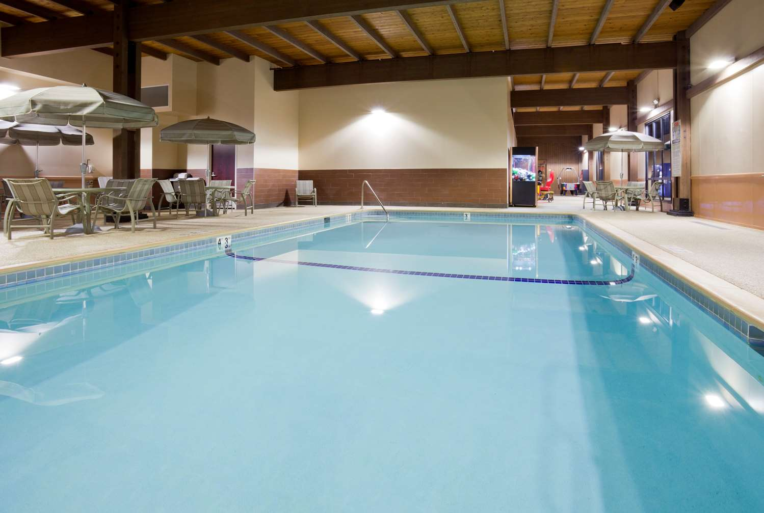Pool - Best Western Plus Hotel Shoreview