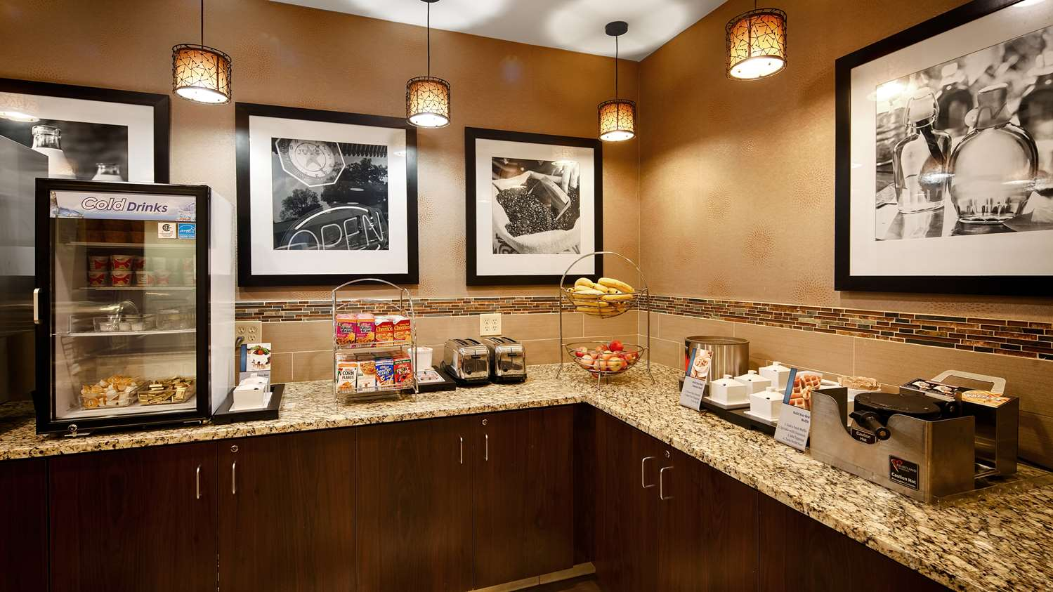 Restaurant - Best Western Plus Hotel Shoreview