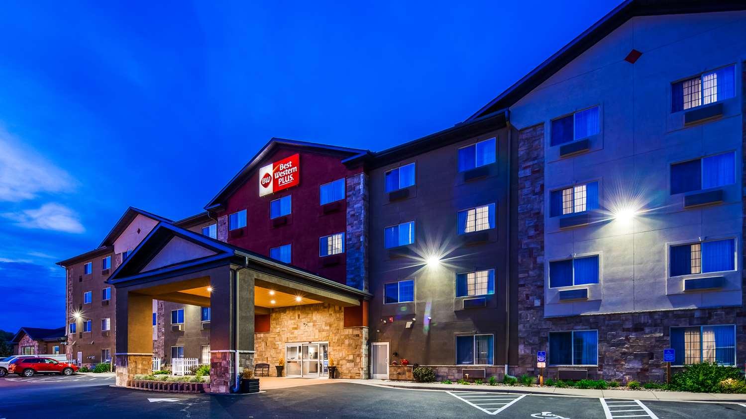 Exterior view - Best Western Plus Blaine Hotel National Sports Center