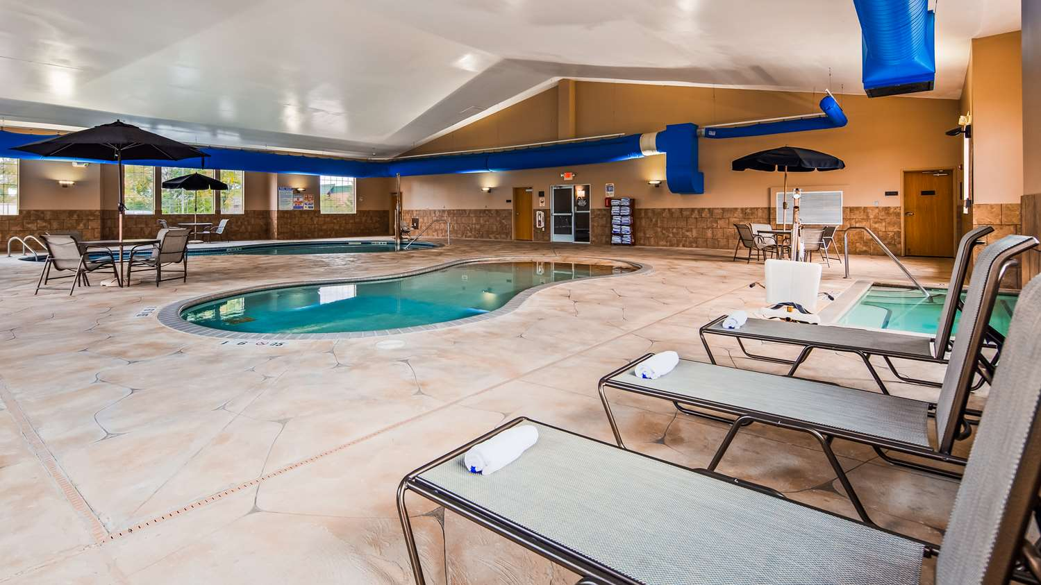 Pool - Best Western Plus Blaine Hotel National Sports Center