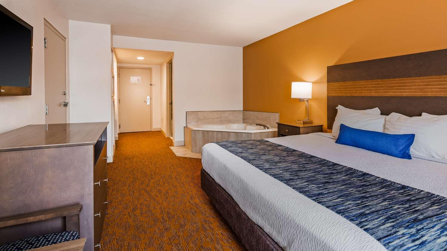 Suite - Best Western Plus Cypress Creek Hotel Ocean Springs
