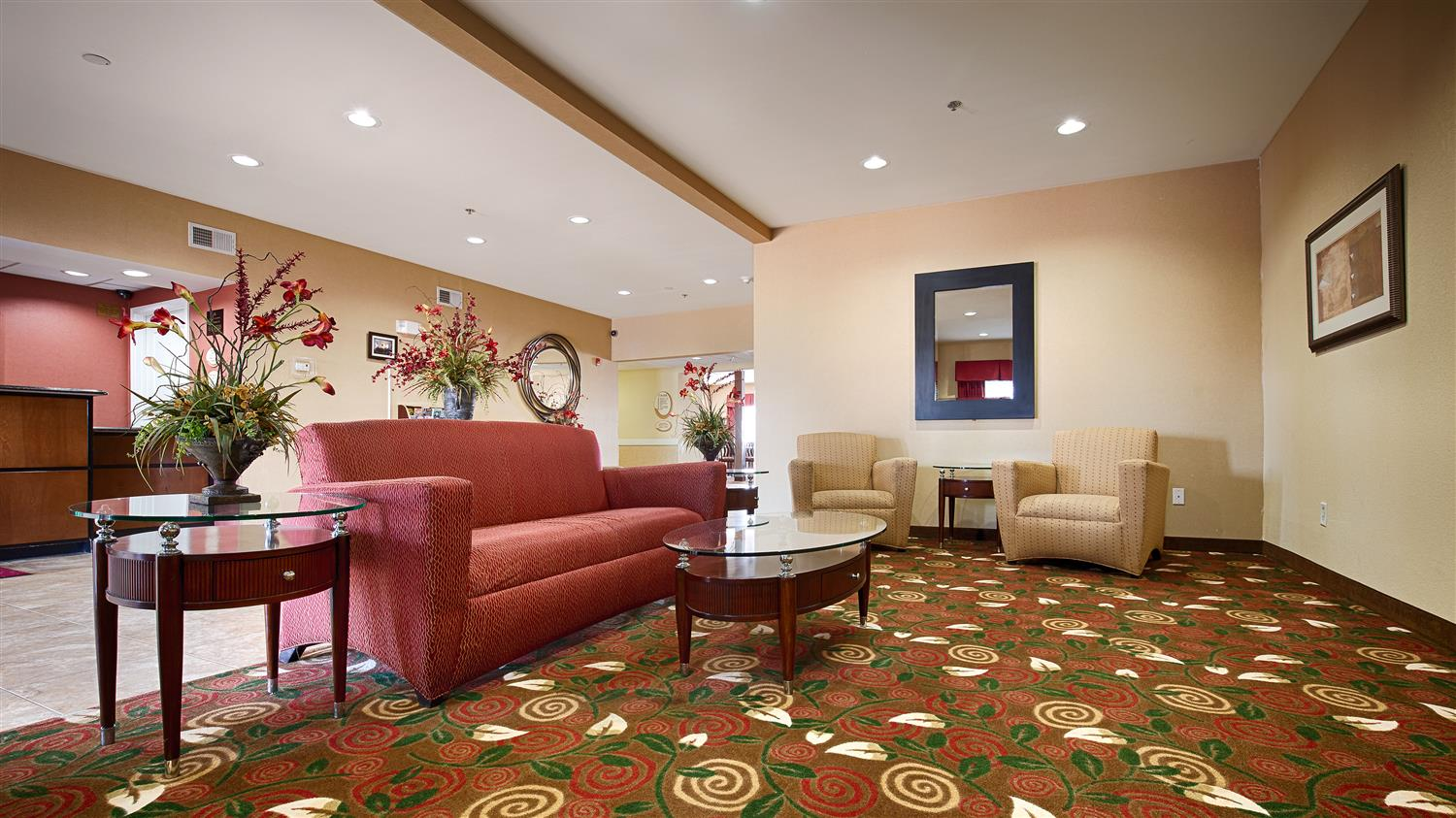Lobby - Best Western Plus Olive Branch Hotel & Suites