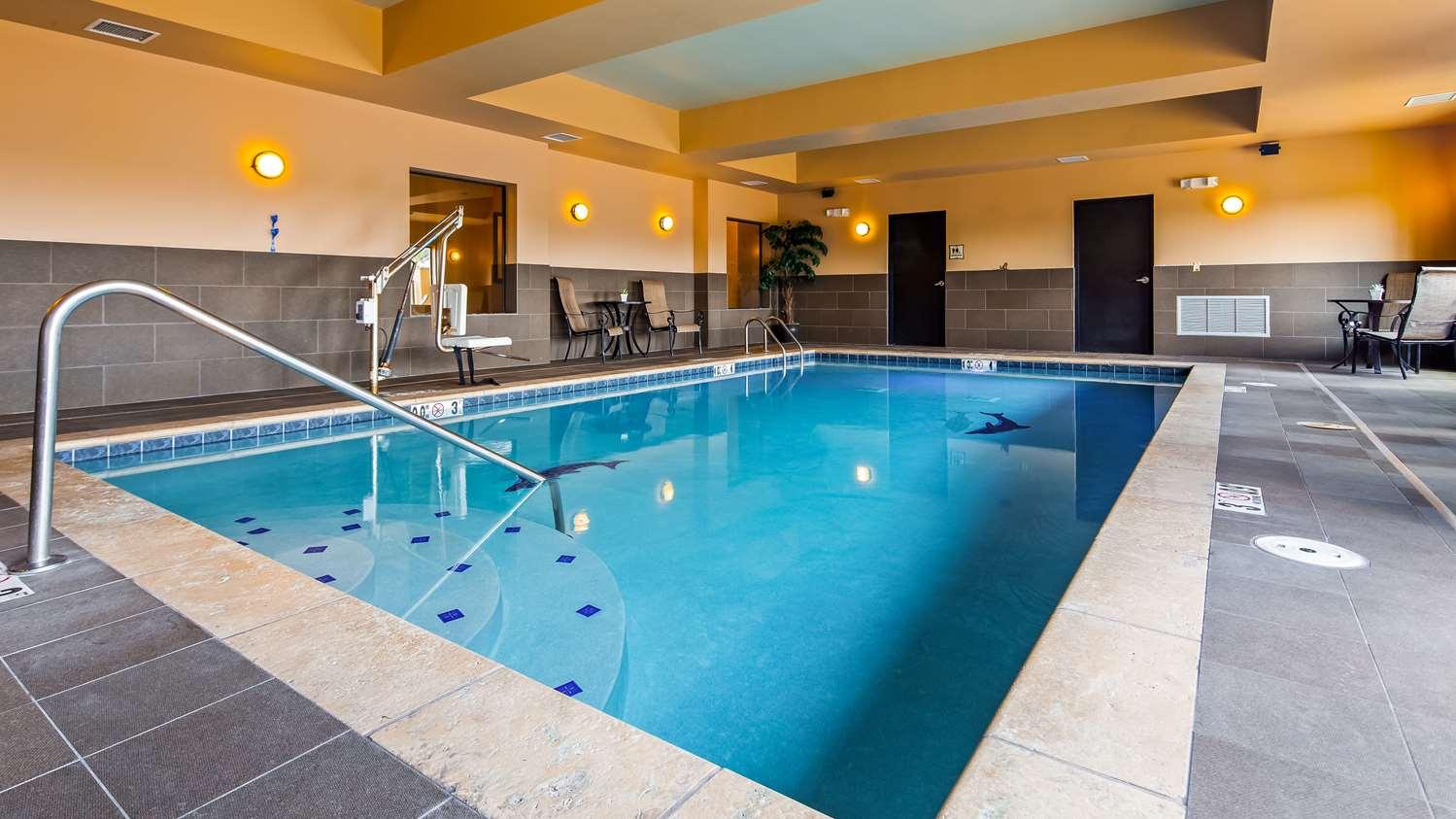Best Western Plus Tupelo Inn & Suites, MS - See Discounts