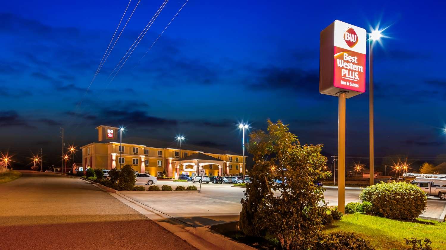 Best Western Plus Magee Inn
