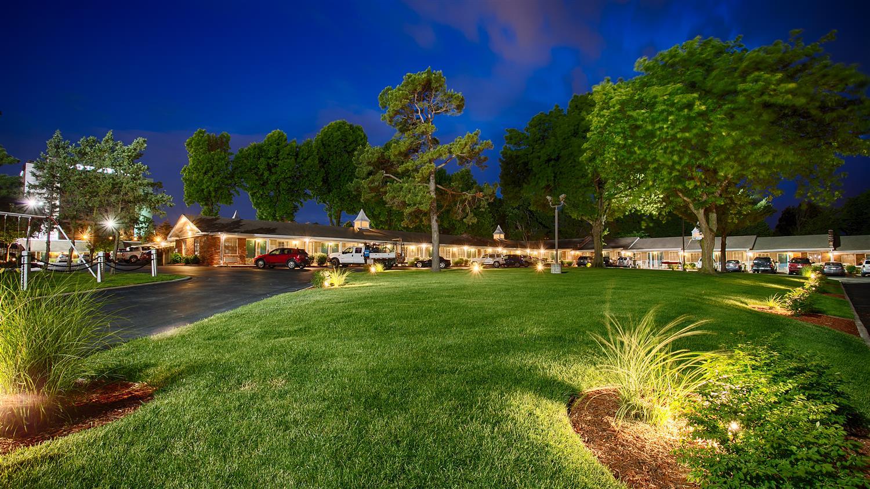 Exterior view - Best Western Coach House Inn Springfield