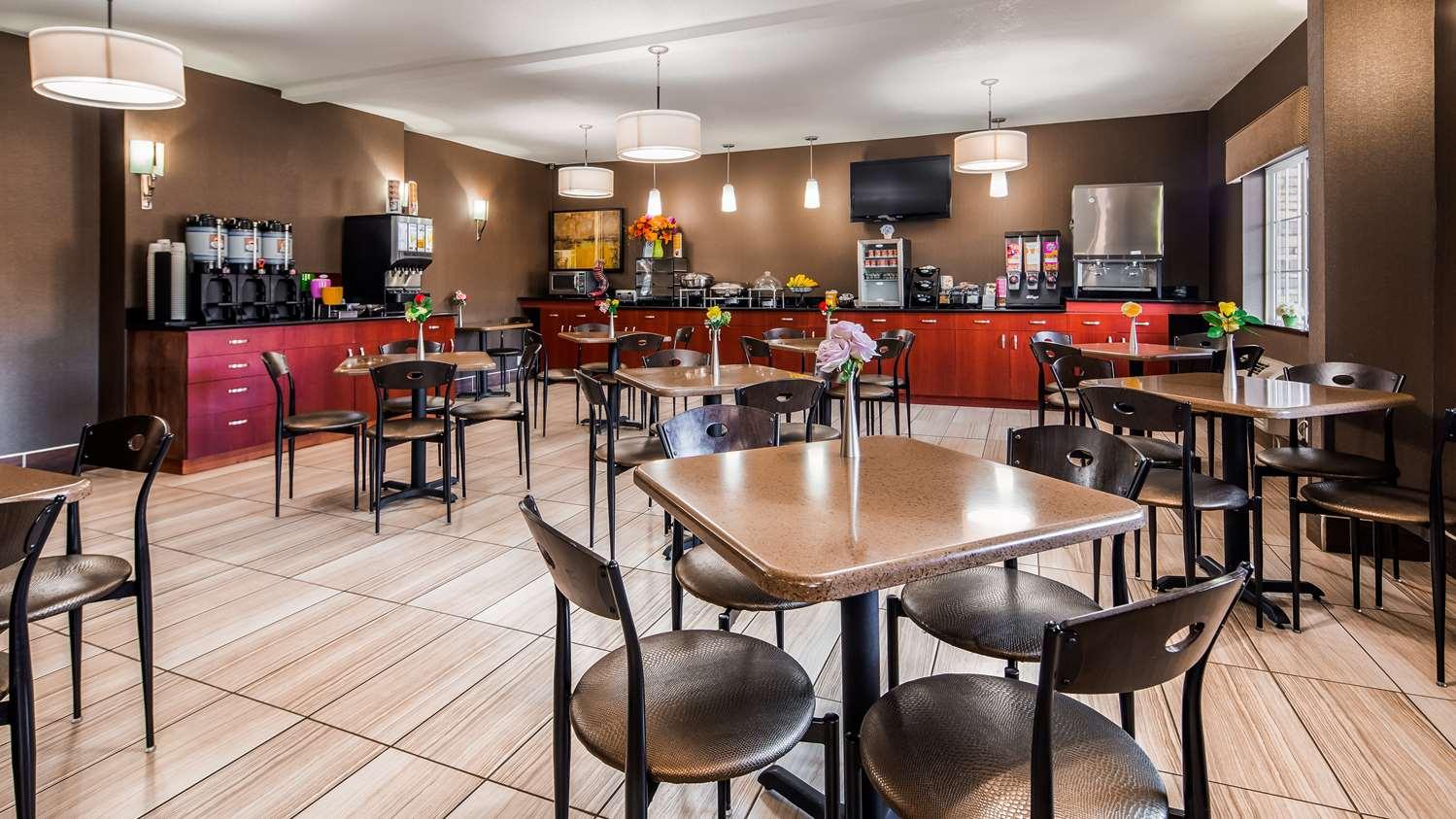 Restaurant - Best Western Old Mill Inn Omaha