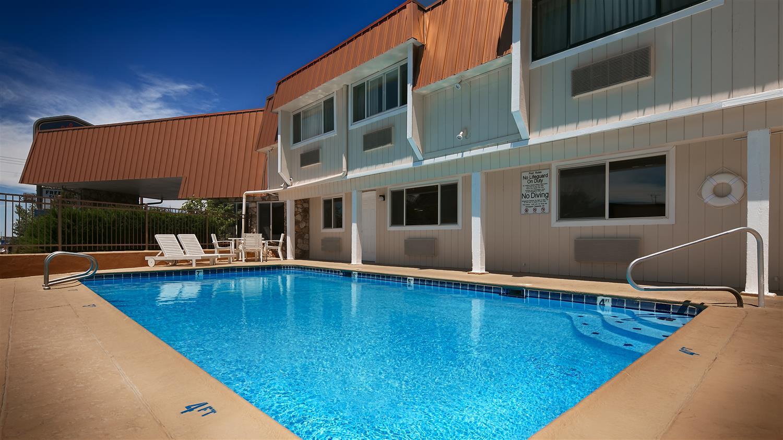Pool - Best Western Hi-Desert Inn Tonopah