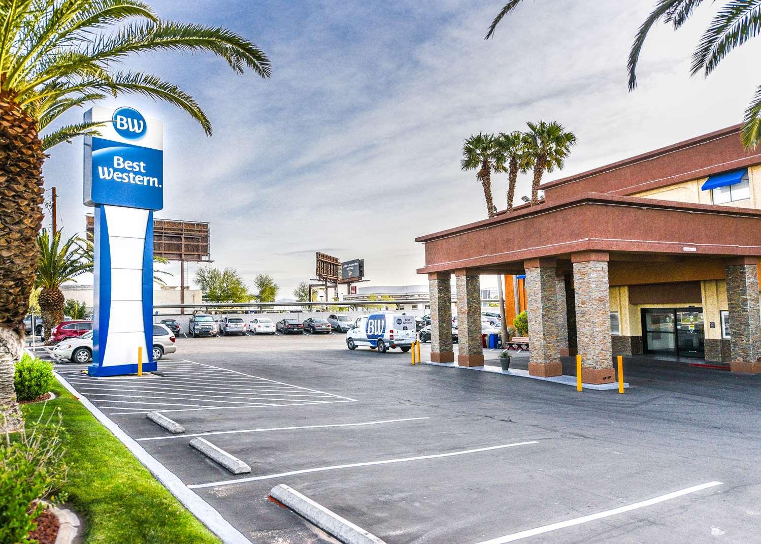 Best Western Mccarran Inn Las Vegas Nv See Discounts