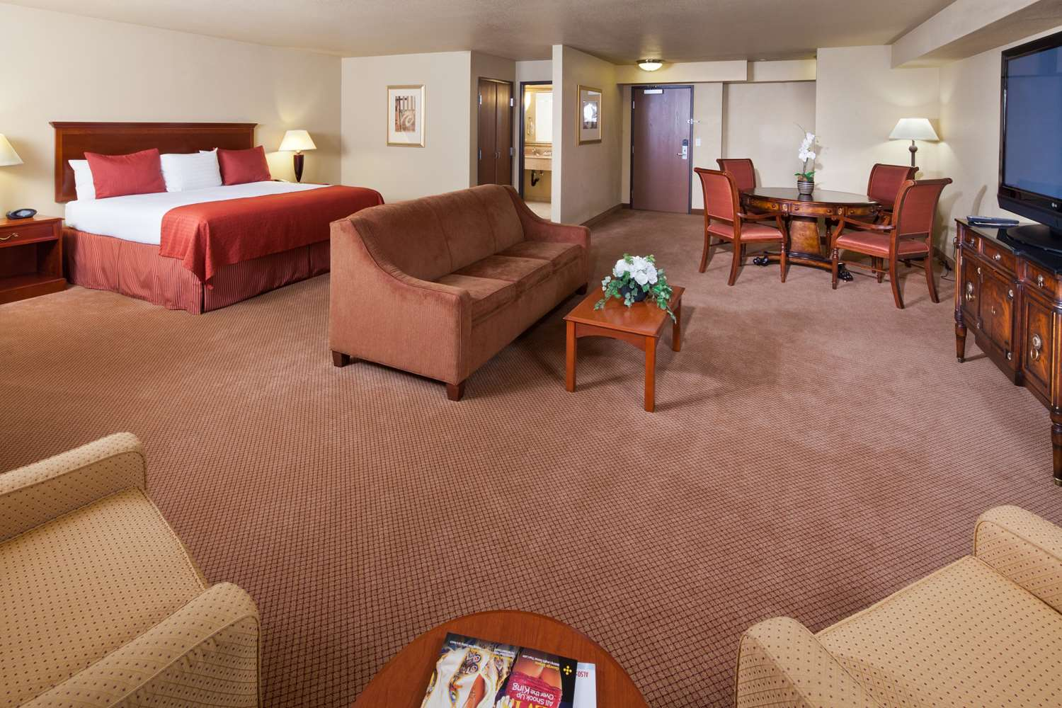 Suite - Best Western Plus Henderson Hotel