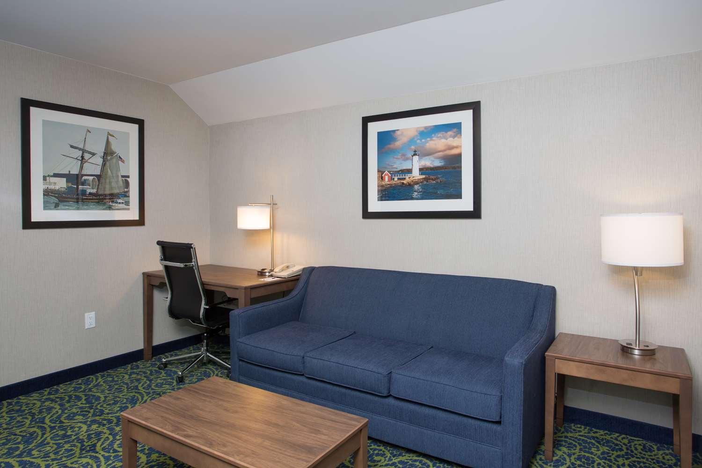Suite - Best Western Plus Portsmouth Hotel & Suites