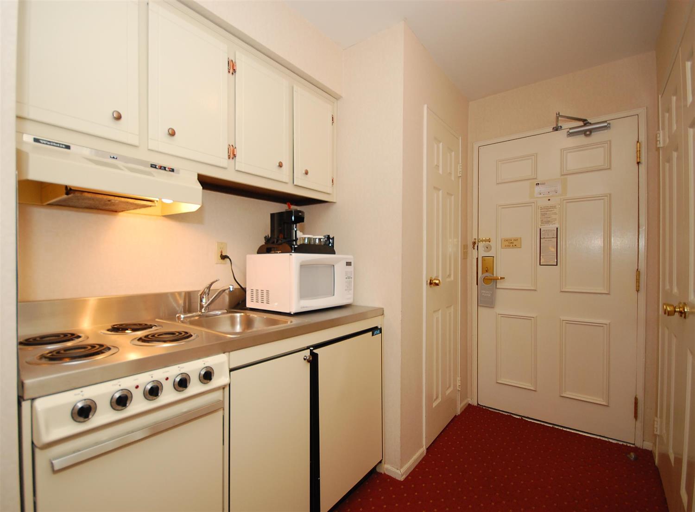 Suite - Best Western Inn Westfield